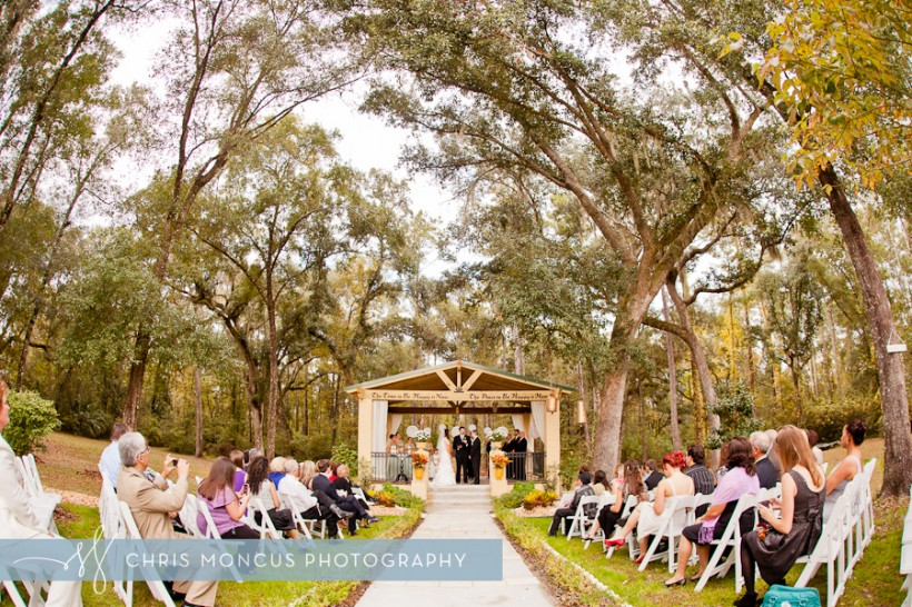 Beautiful outdoor Wedding in Tampa, FL - Chris Moncus Photography