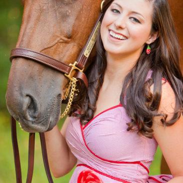Rachel + Grayson (and, her horse Rhett)    Jesup, GA Engagement Session