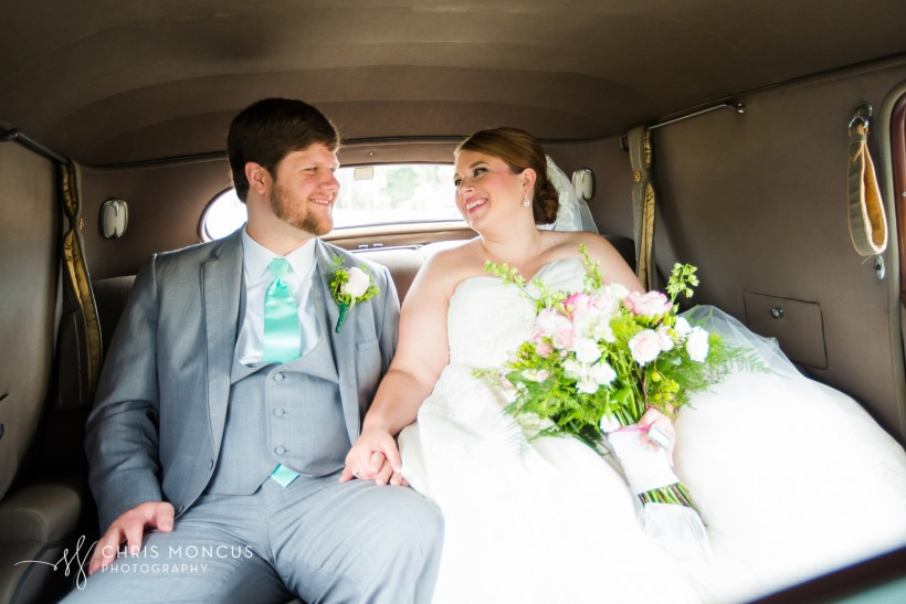 33 DA Martin Vintage Rides Wedding - Chris Moncus Photography - 611-2807